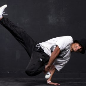 B-boying (Break Dance)